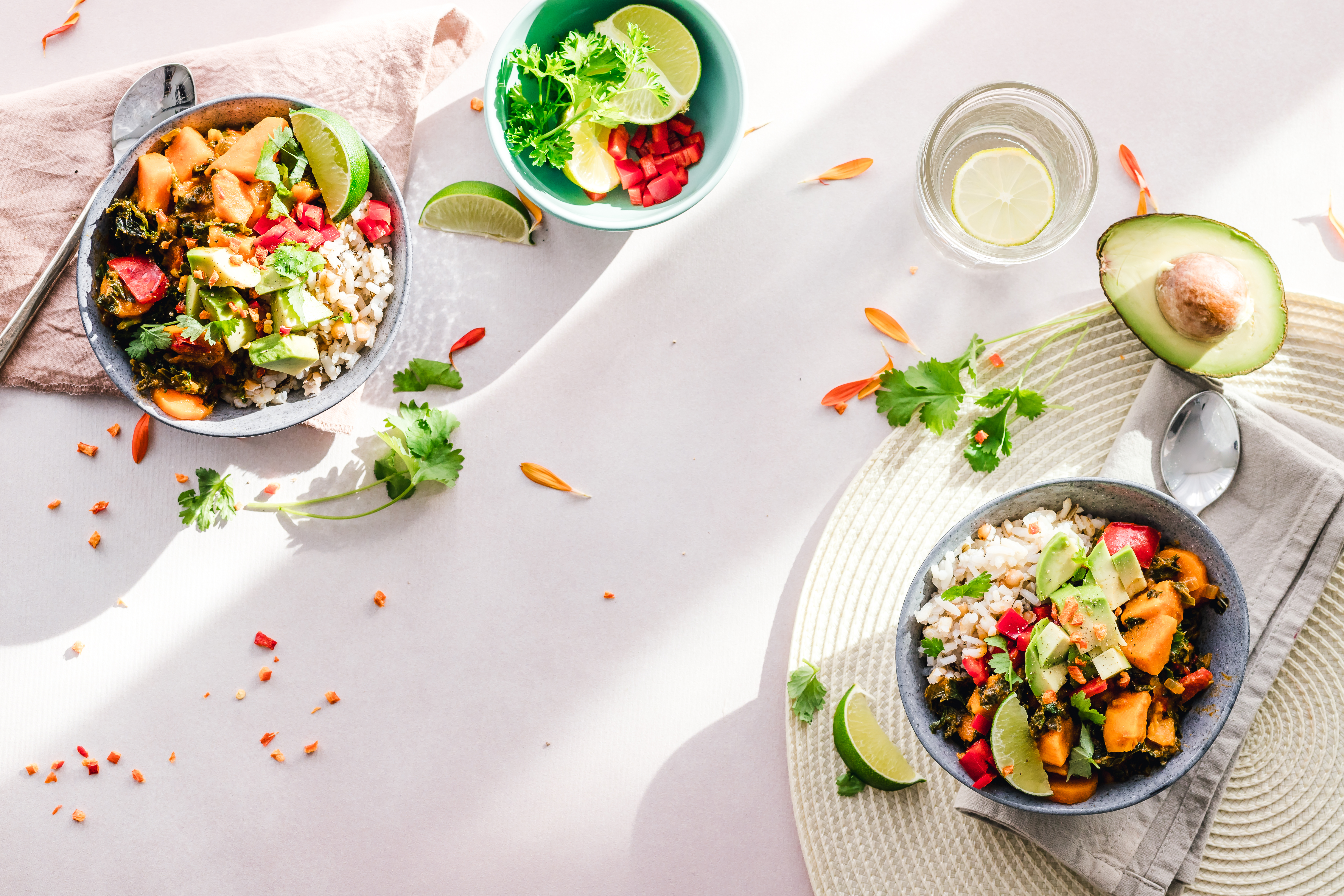From the Hawaiian sea to our metropolis: we love pokè bowls