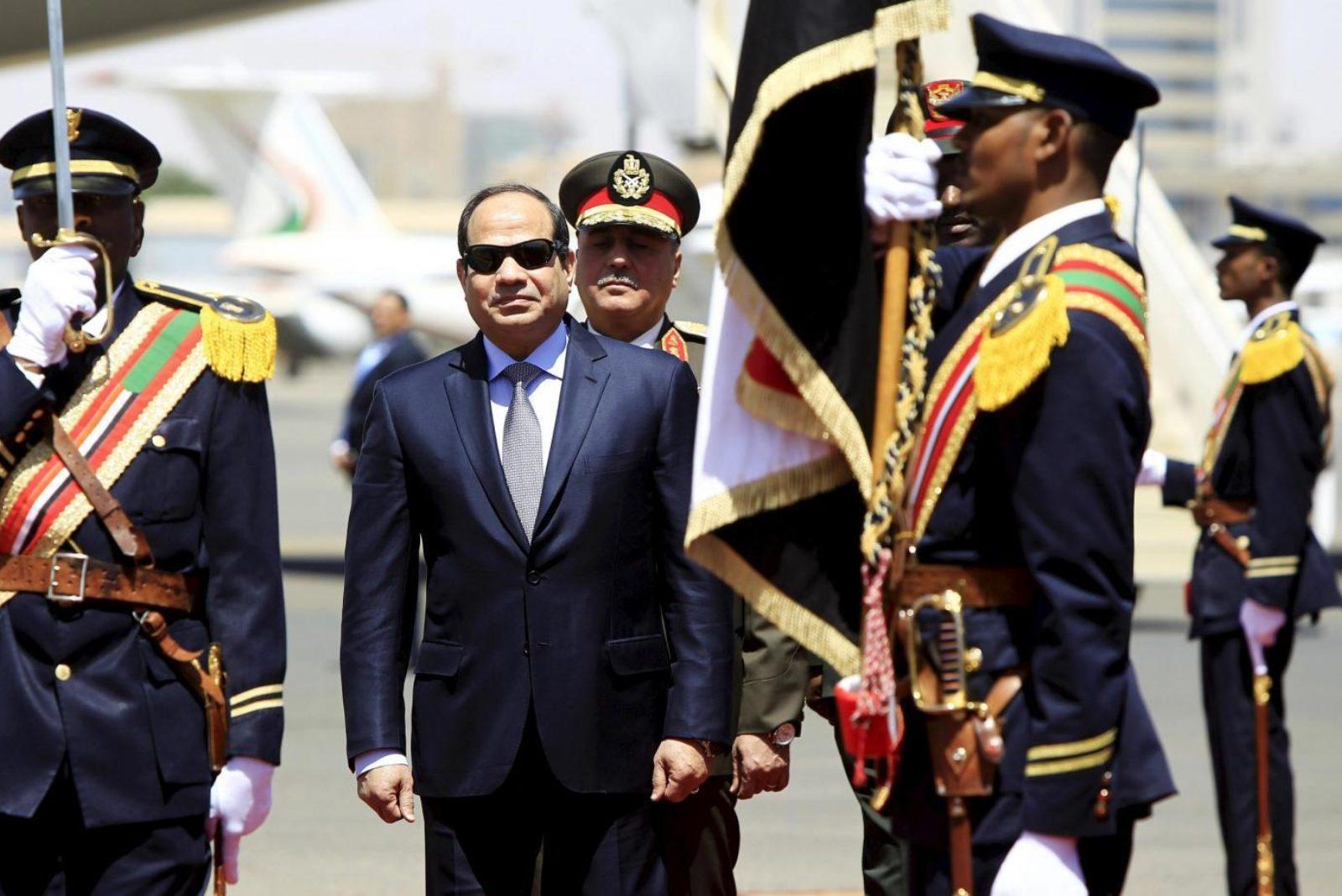 """La democrazia dei faraoni e le """"elezioni"""" in Egitto"""