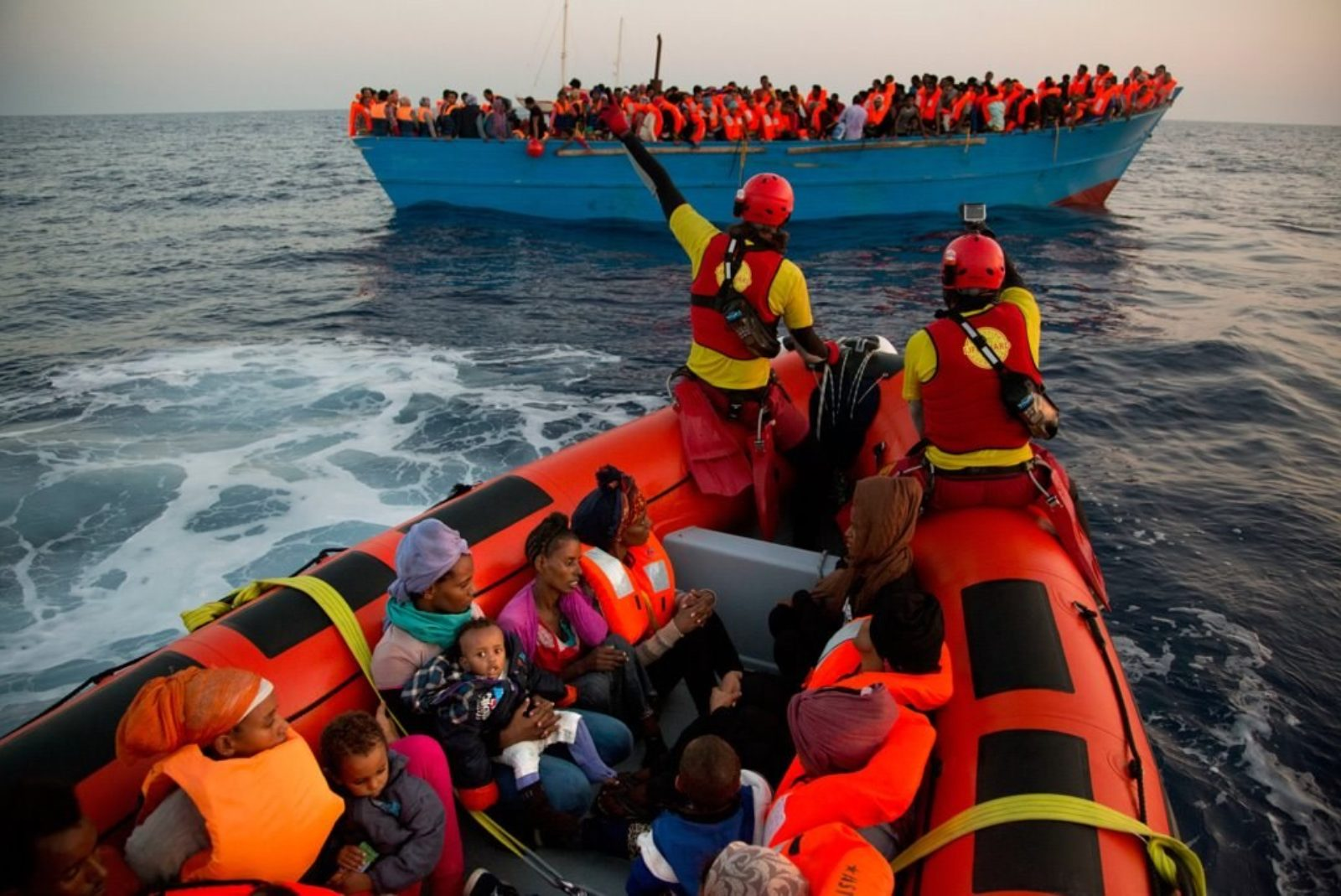 La telefonata che salva la vita dei migranti