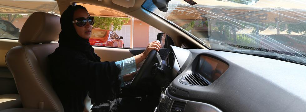Le donne al volante: il decreto tanto atteso in Arabia Saudita